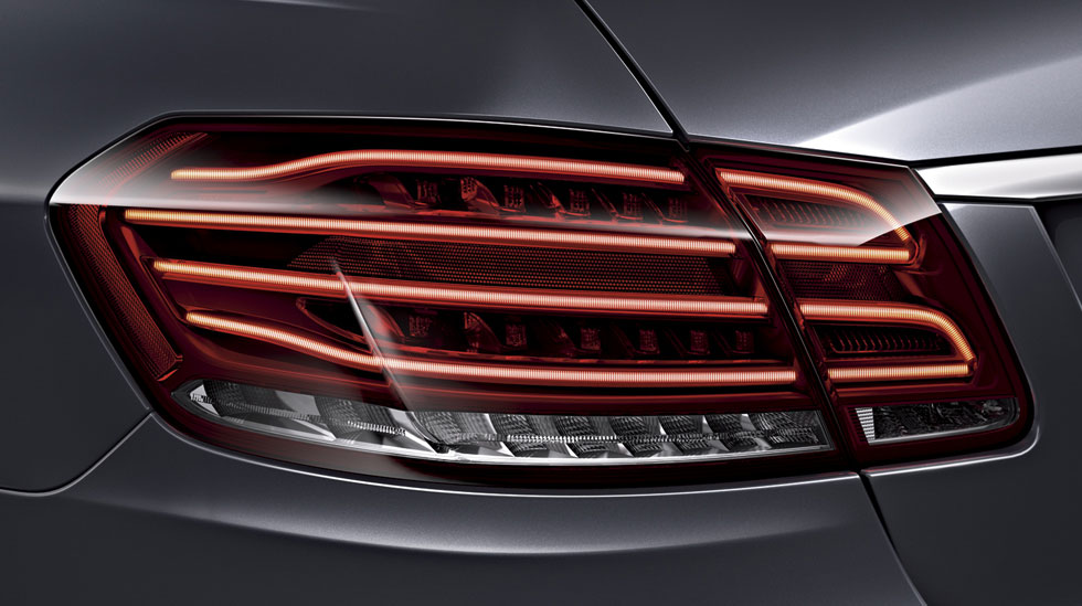 W212 Led tail light repair instruction